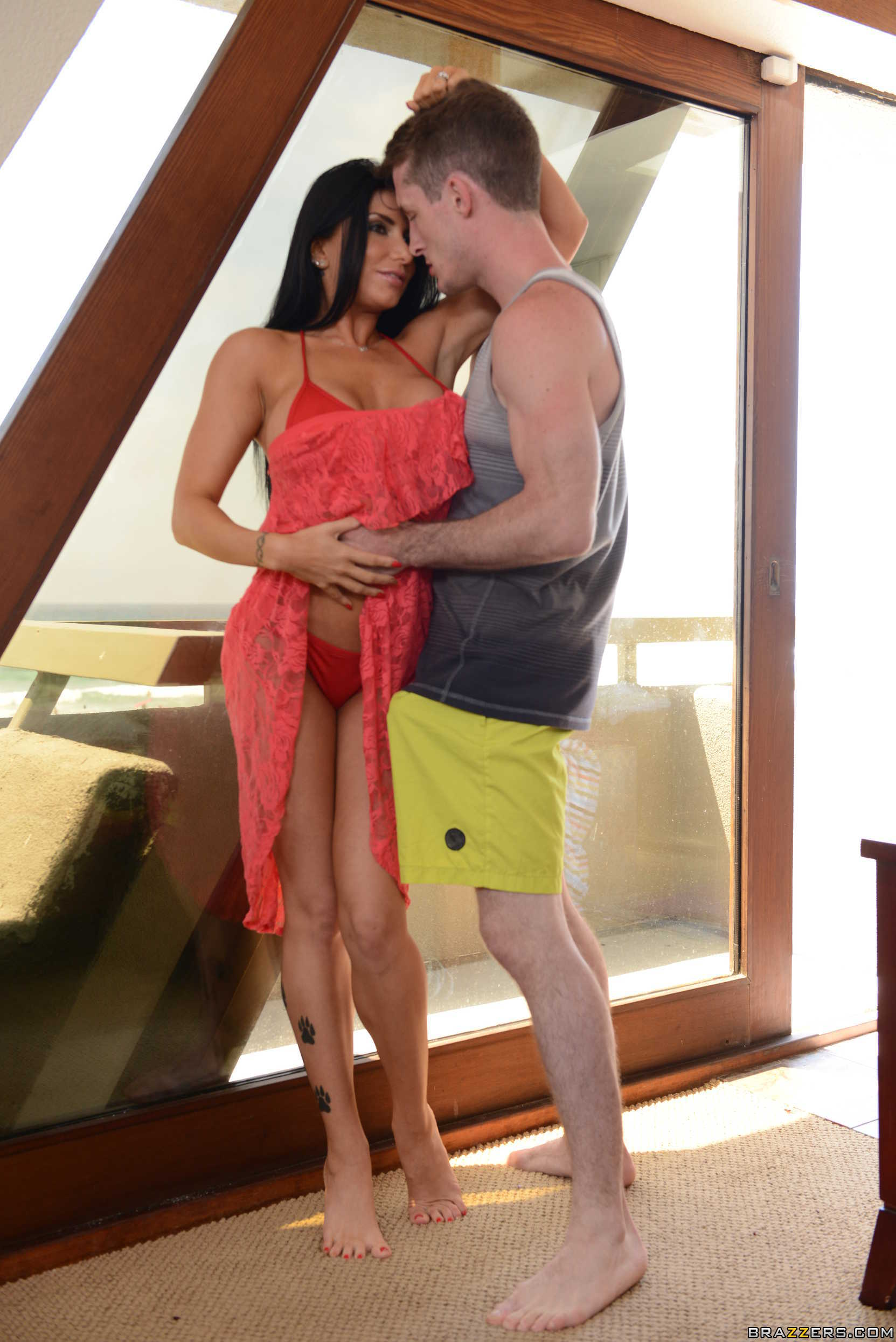 Lost On Vacation San Diego Part One Romi Rain