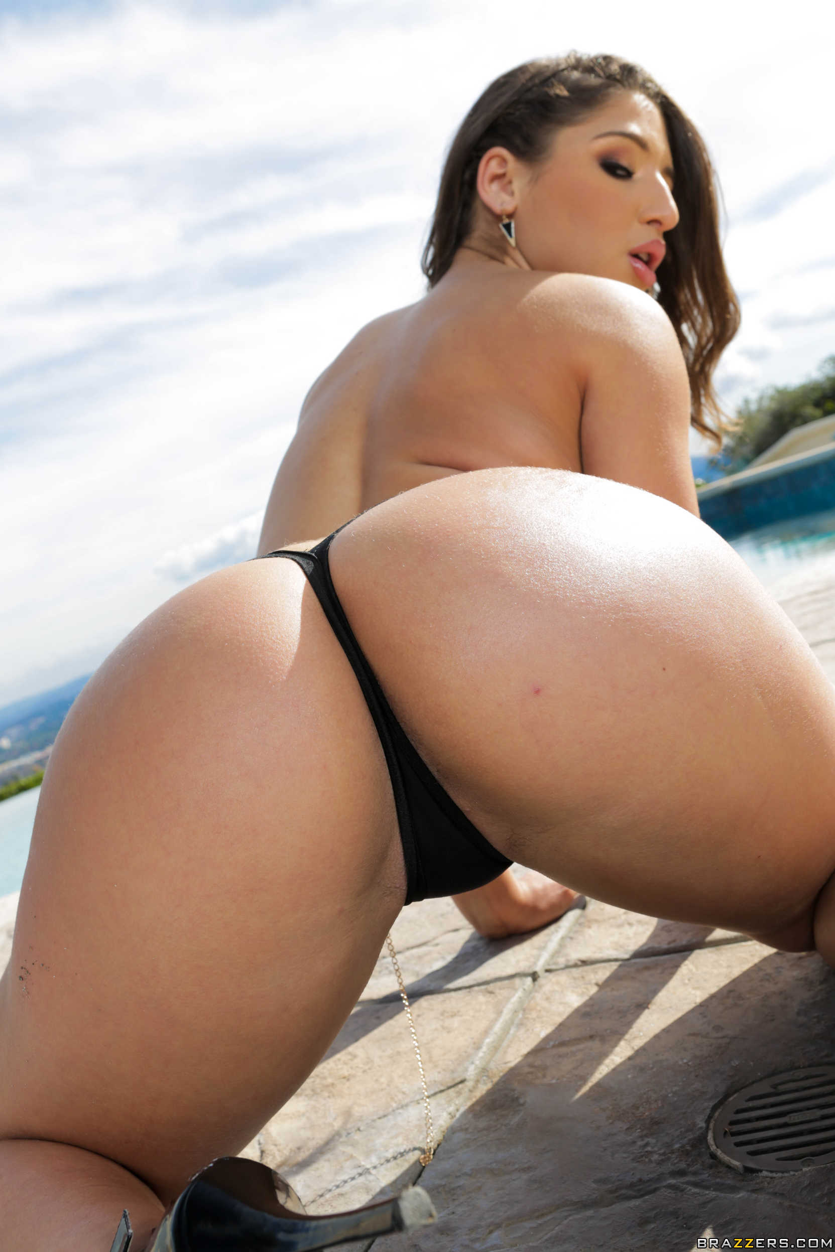 Abella danger squirting sex 2