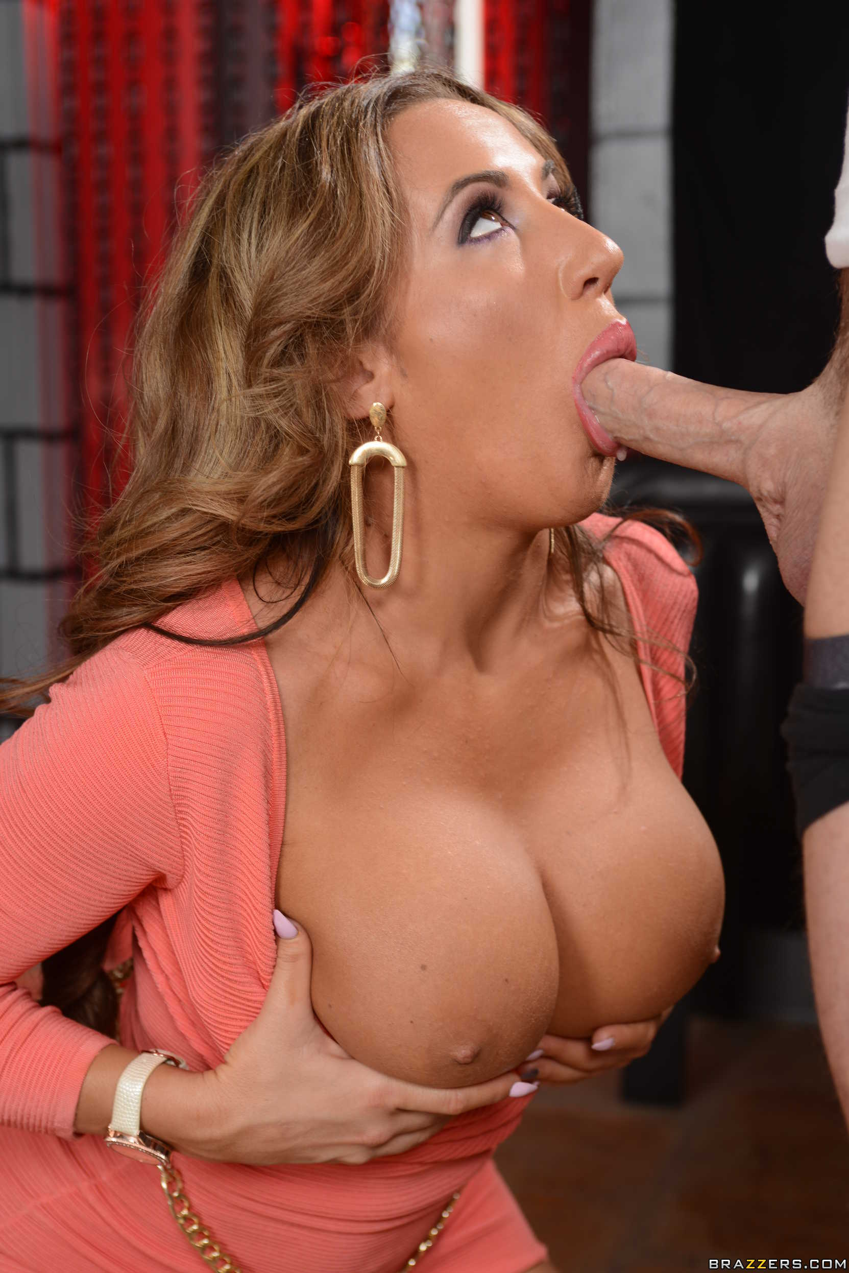 Richelle ryan big tits brazzers