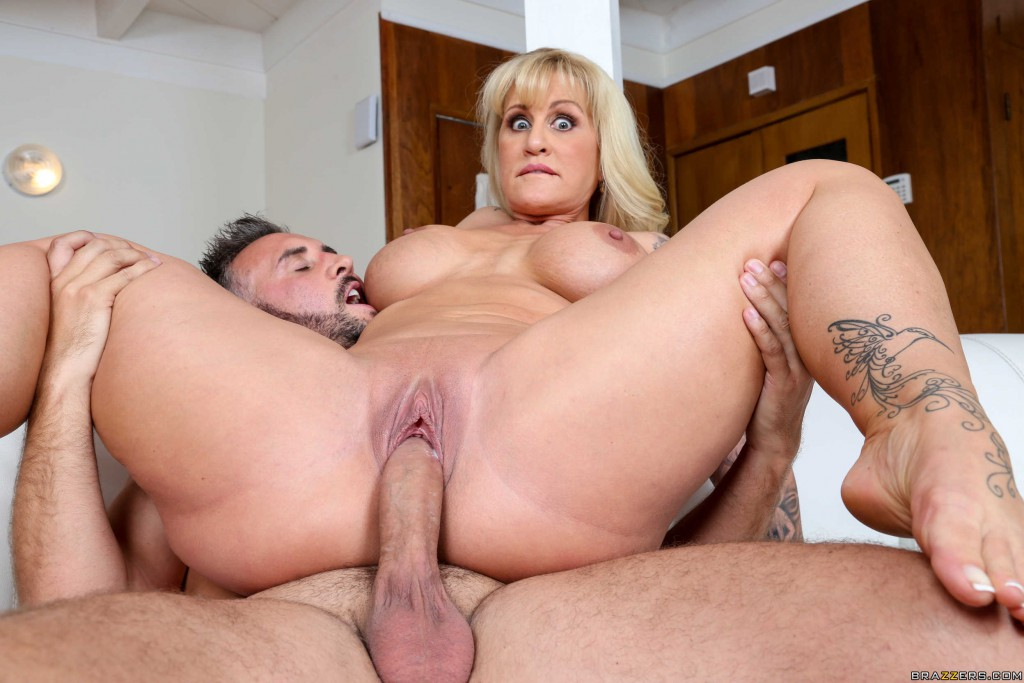 Mature mom blow job cum