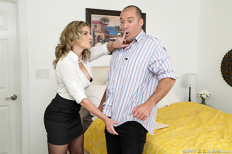 Cheating milf housewife fucks the plumber - 3 part 10