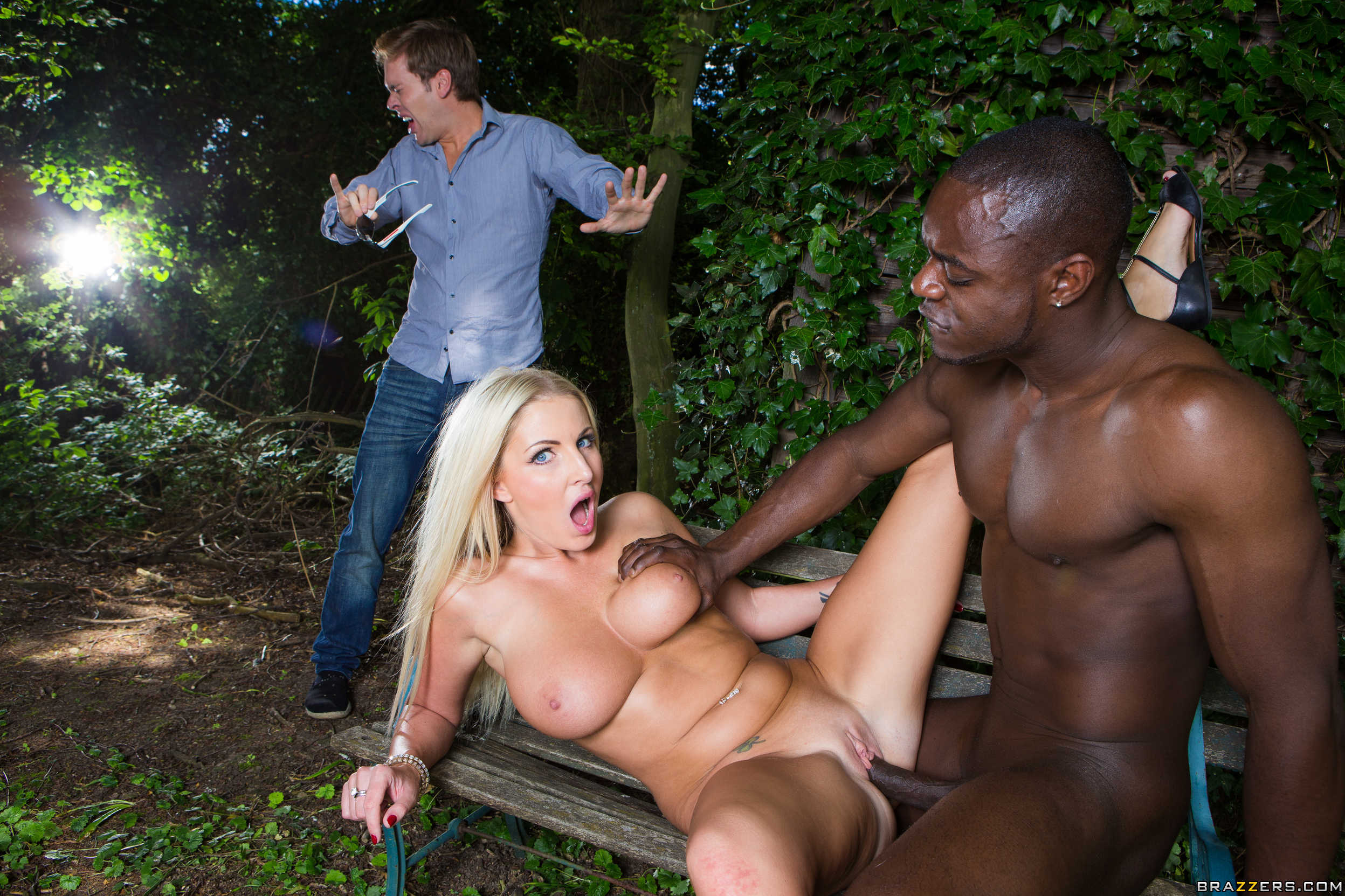 Black outdoor sex 9
