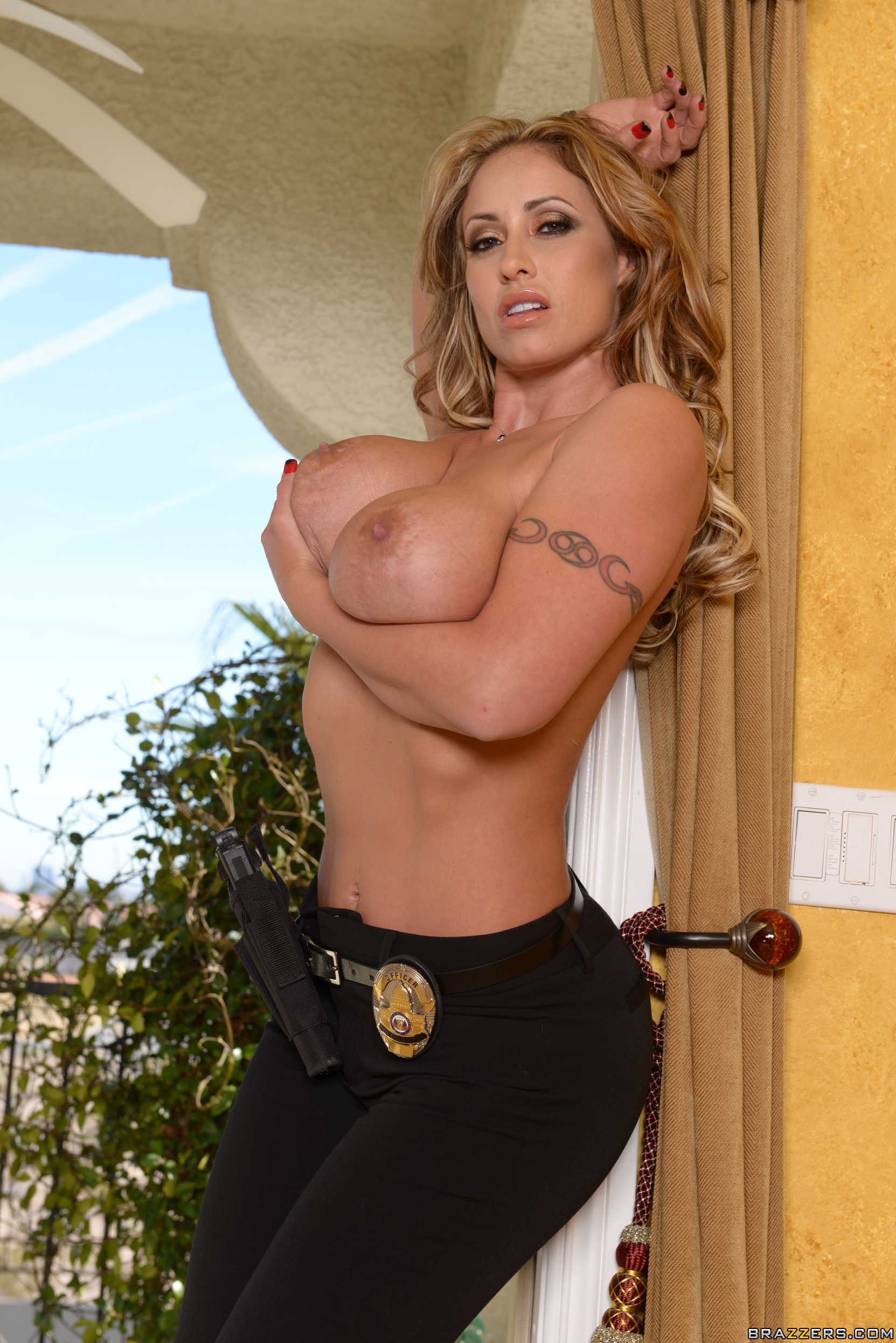 Eva notty busty cop gets screwed in the kitchen after spying